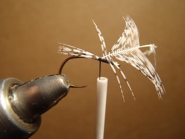 How to tie a sakasa kebari 2