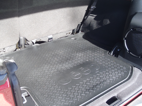 Wader-proof Rubber Trunk Mat