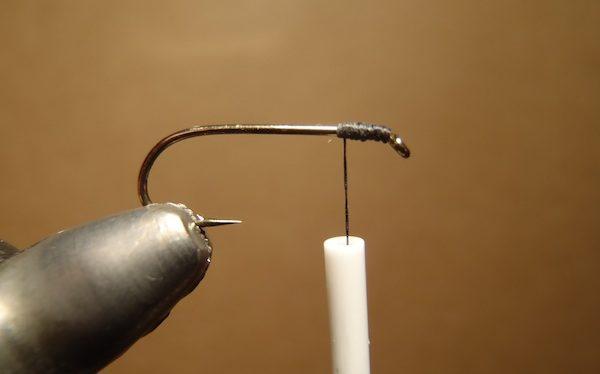 starting to try tying tenkara flies
