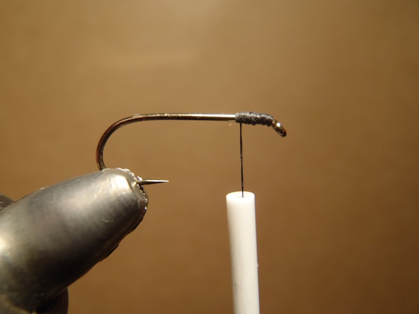 starting to try tying tenkara flies